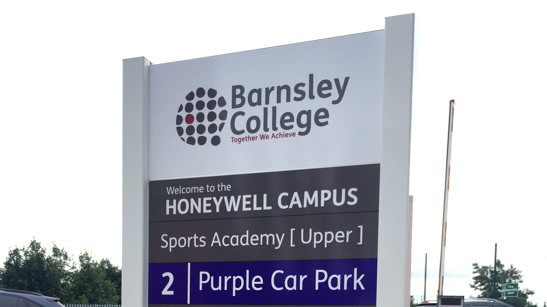 SCHOOL, ACADEMY AND CAMPUS SIGNAGE